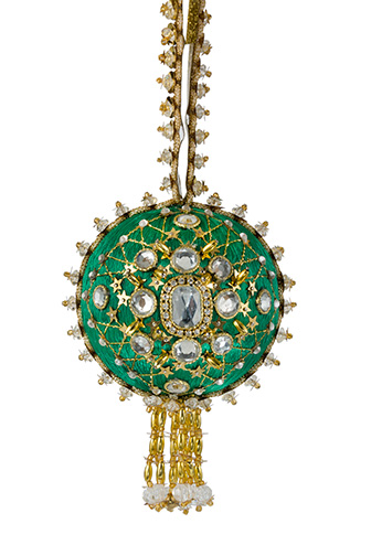 Joans-Broach-Green.jpg